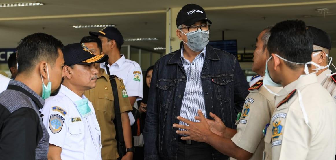 Plt. Gubernur Aceh memastikan peralatan dan SDM di Bandara SIM baik di area Domestik maupun Internasional dalam kesiagaan untuk pencegahan penyebaran Virus Corona