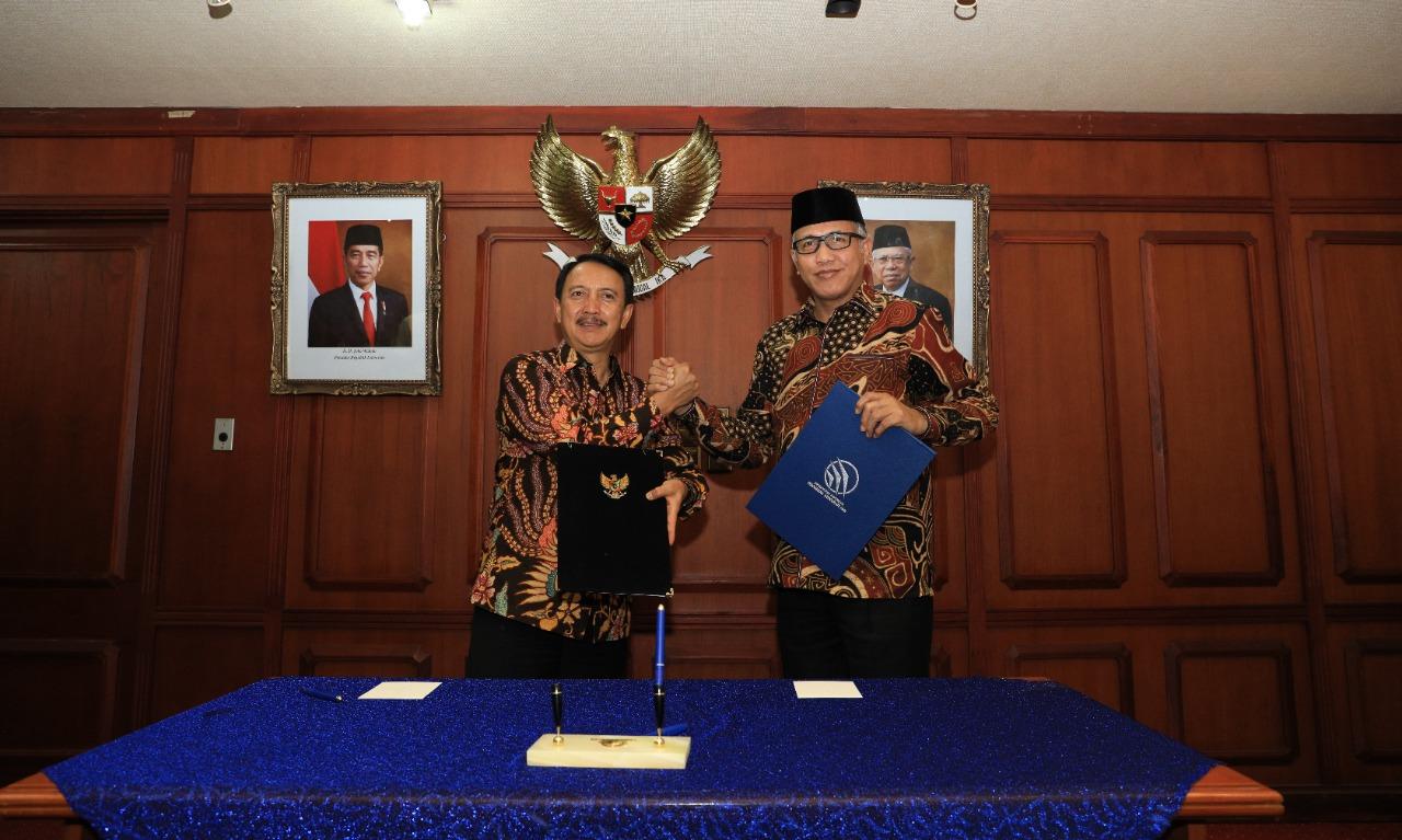 Penandatanganan MOU antara Pemerintah Aceh dengan PT. Dirgantara Indonesia, Bandung, 19 Des 2019