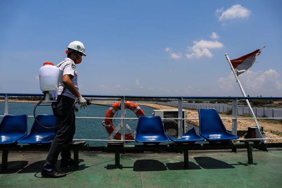 Disinfeksasi Kapal Penyeberangan