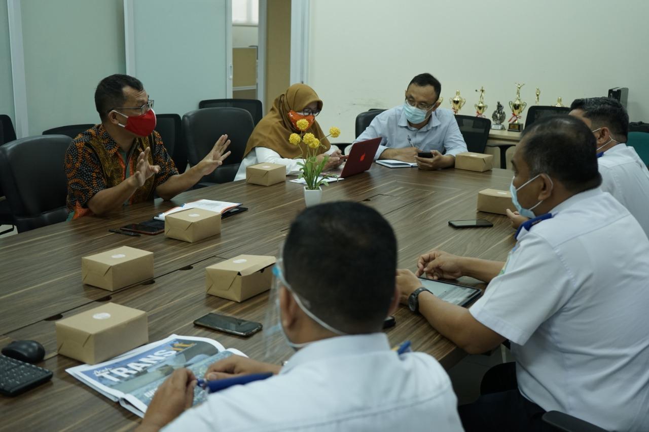 Benchmarking ke Pusdik BNPB untuk Pengendalian Transport di masa Pandemi2